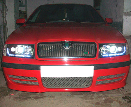 Skoda Octavia - Automatives Lights
